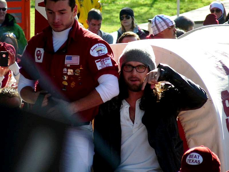 Nathans TV appearance on College GameDay (27 Oct 12)