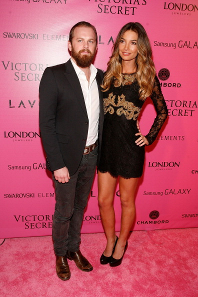 Caleb & Lily  | Victorias Secret Show | NYC (07 Nov 12)